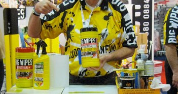 Big Wipes - Paint Show - Help for Heros