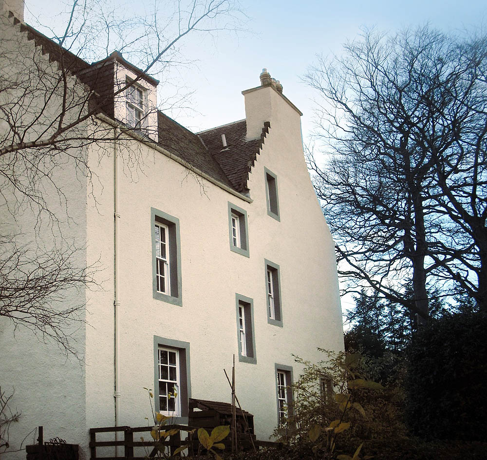 Sandtex toughs it out in scotland painting and decorating news - Sandtex exterior masonry paint design ...