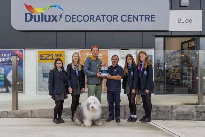 Dulux offers a helping hand 1
